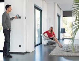 comment installer une alarme filaire et sans fil maison alarme blog. Black Bedroom Furniture Sets. Home Design Ideas